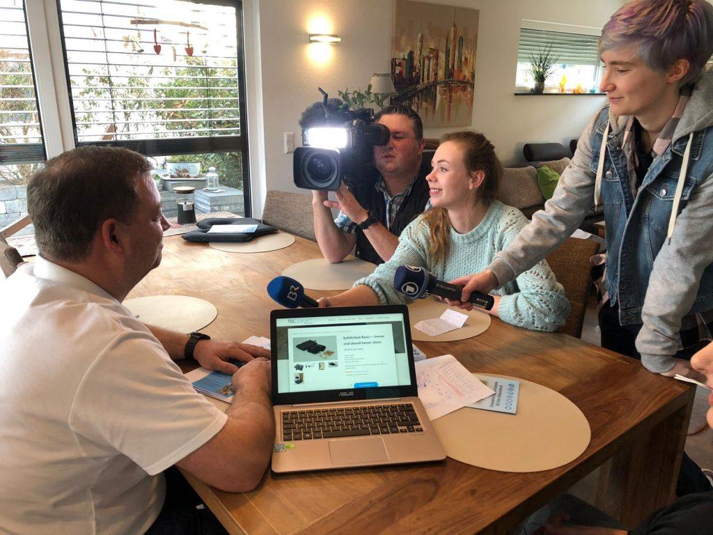 Das Filmteam vom Bayrischen Fernsehen war zu gast bei uns und hat einen Fernsehbeitrag für die Ausstrahlung in der Abendschau gedreht!