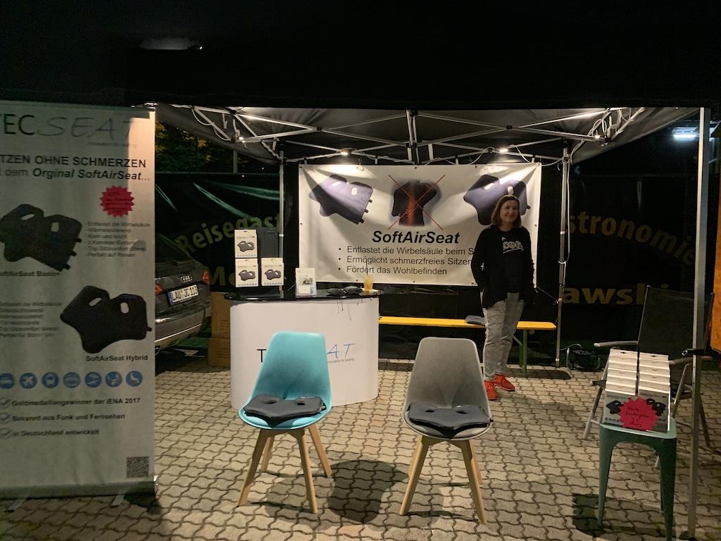 TecSeat beim United Kiltrunnser Festival mit dem mobilen Verkaufsstand - Schmerzfrei sitzen mit dem SoftAirSeat