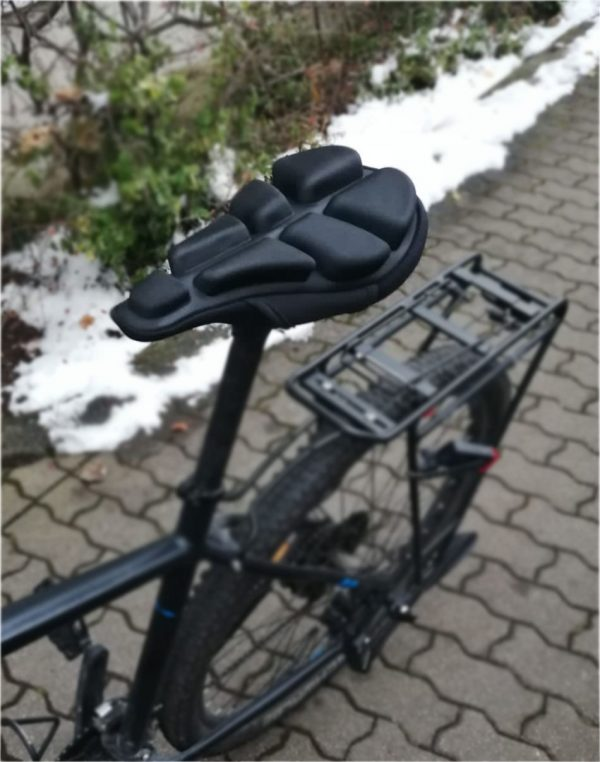 Bequemer Luftsattel am Mountainbike, keine Druckstellen und Schmerzen